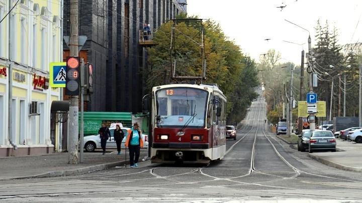 Движение автомобилей и трамваев по Фридриха Энгельса в Туле возобновлено