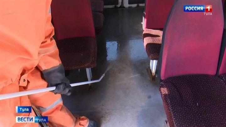 Тульских спасателей бросили на дезинфекцию транспорта