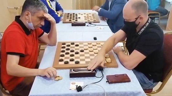 Туляк Александр Гетманский - чемпион России по молниеносным шашкам