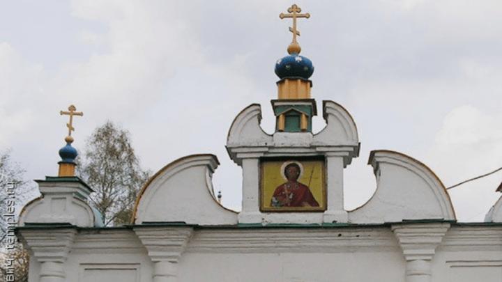 Тульские полицейские нашли укравшего ящик для пожертвований из храма