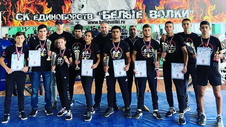 Кикбоксёры «Востока» завоевали 10 медалей на «Кубке Белых волков»