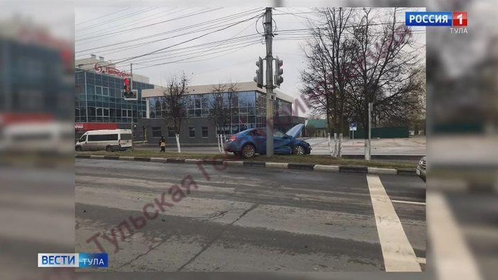 Сразу три машины столкнулись на Щекинском шоссе в Туле