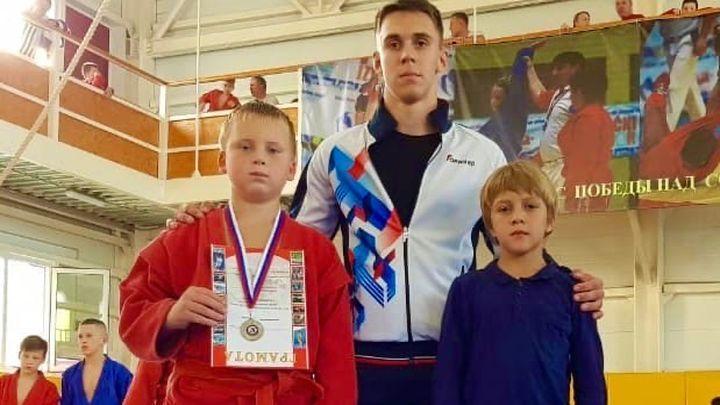 """Самбисты """"Металлурга"""" завоевали серебро и бронзу на """"Бородино-2020"""""""
