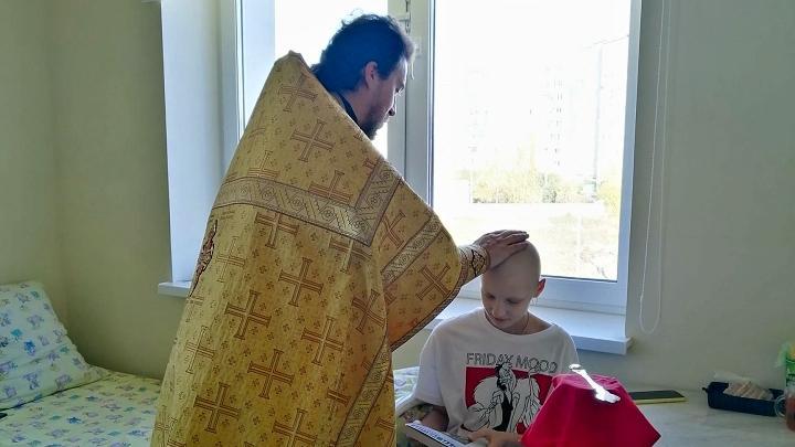 Пациенты детской областной клинической больницы получили необычные подарки