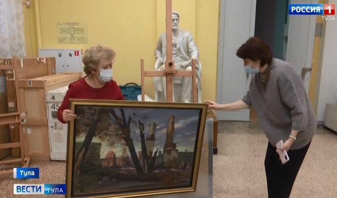 Произведения из фондов тульского музея вернулись из Дагестана