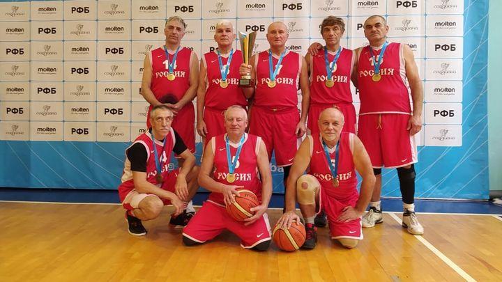 Тульские ветераны баскетбола завоевали «золото» и «серебро» чемпионата России
