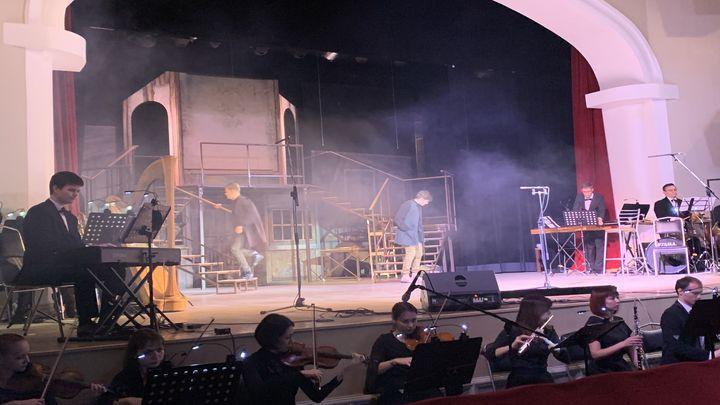 Туляки увидели мировую премьеру оперы «Счастливый день»