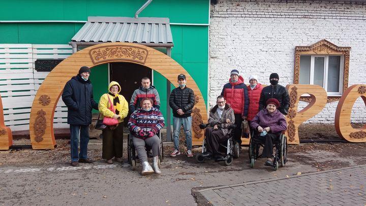 Туляки с инвалидностью побывали в ремесленном дворе