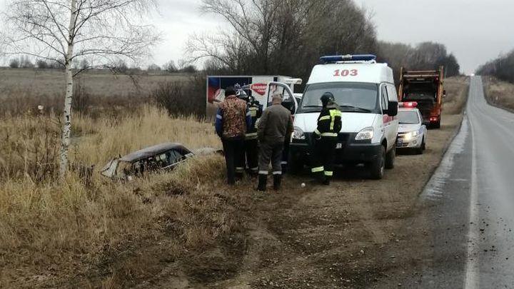 В Кимовском районе водитель погиб после столкновения с деревом