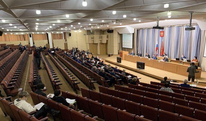 Областные парламентарии приняли проект бюджета на 2021 год