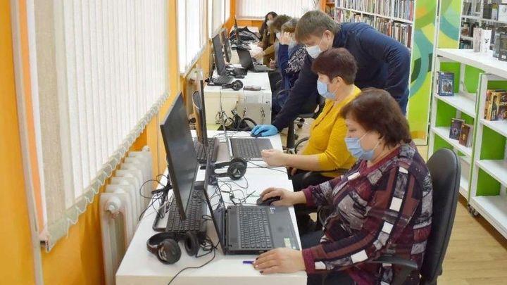 Ефремовцам преподали уроки компьютерной грамотности