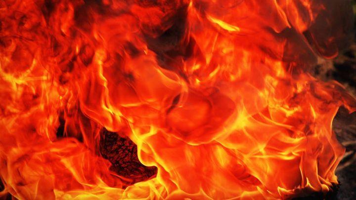 Полицейские выясняют детали поджога автомобиля в Первомайском