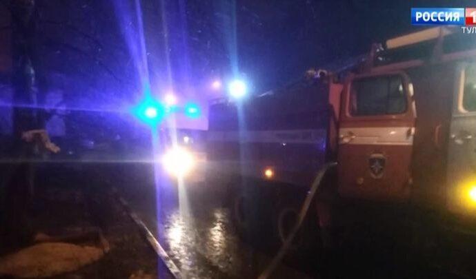 В городе Щёкино на пожаре погибли две женщины