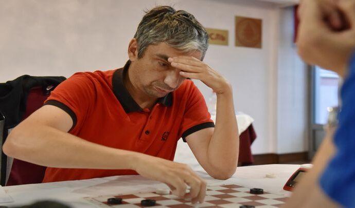 Александр Гетманский - победитель Кубка России по шашкам-64