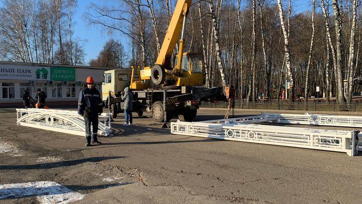 В Туле начали монтаж новогодних конструкций