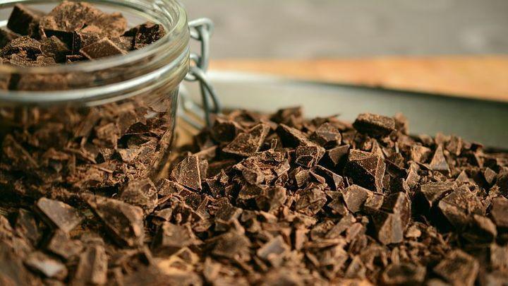 В горьком шоколаде нашли плесень и кишечную палочку