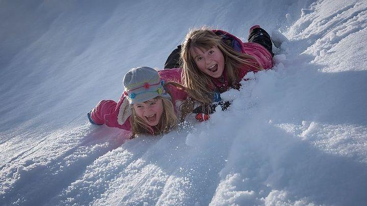 Как зимой избежать детских простуд