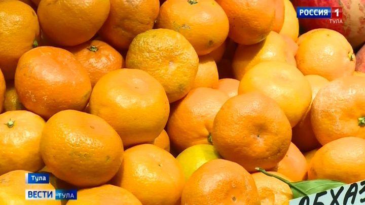 Витрины на тульских рынках стали оранжевыми