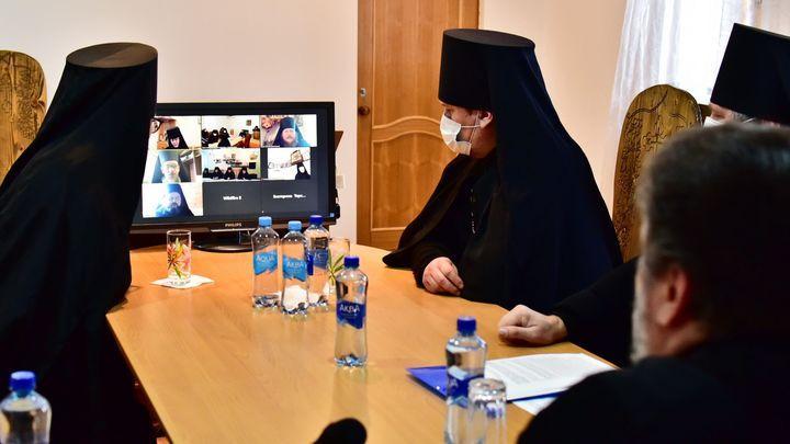 В Новомосковске прошла монашеская секция Рождественских чтений