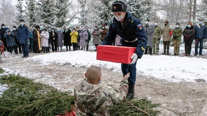 Под Алексином перезахоронили останки красноармейцев