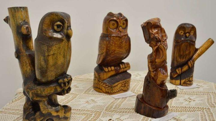 В Ефремове открылась выставка резьбы по дереву