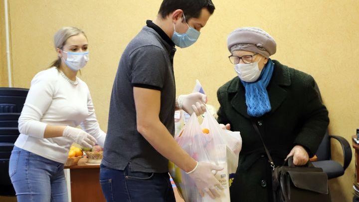 Тульские малоимущие пенсионеры получили продукты от фонда «Красная звезда»