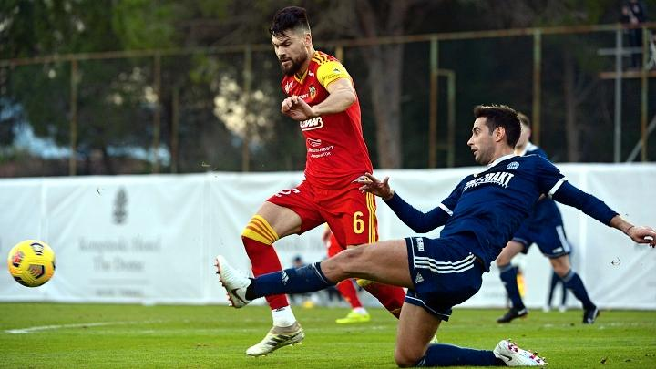 «Арсенал» сыграл вничью в первом контрольном матче на сборе в Турции