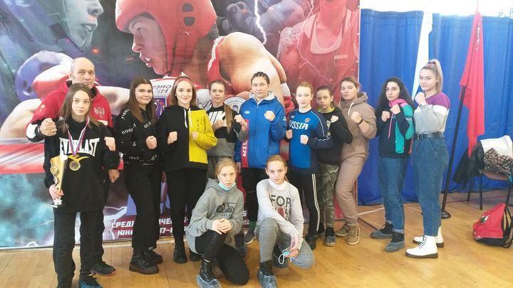 Тульские спортсменки завоевали 18 медалей на чемпионате ЦФО по боксу
