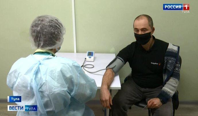 Кого ждут на прививку от коронавируса в первую очередь