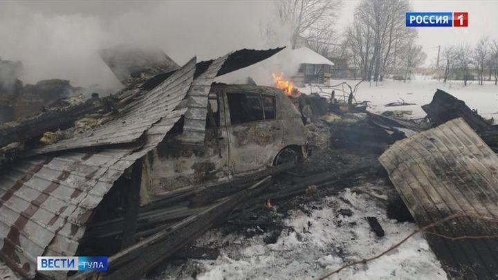 В Ясногорском районе девочка-подросток получила травму позвоночника, спасаясь от пожара