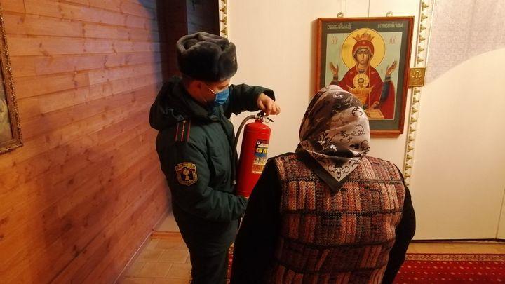 В Рождественскую ночь тульские спасатели придут в храмы
