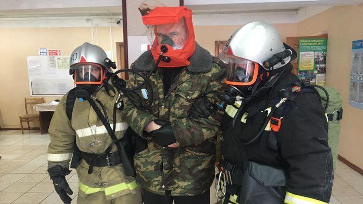В суворовской школе прошли учения спасателей