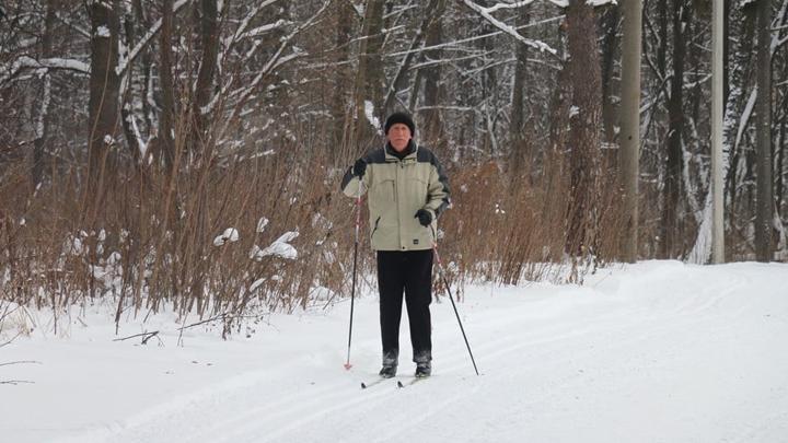Жители Новомосковска массово встают на лыжи