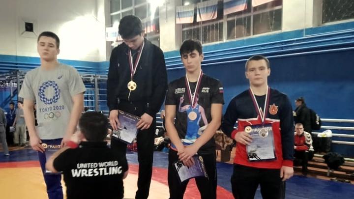 Тульские борцы завоевали пять медалей на первенстве РФСО «Локомотив»