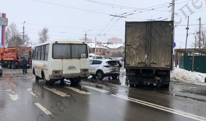В Туле пенсионерка пострадала при переходе дороги