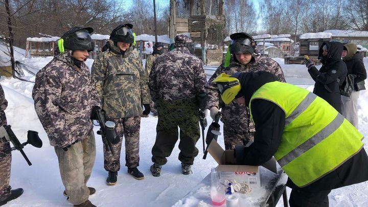 В Новомосковске прошла военно-патриотическая игра «Служу Отечеству»