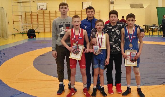 Тульские борцы-вольники завоевали шесть медалей на первенстве ЦФО