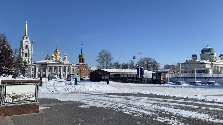 400 единиц спецтехники: Тульскую область продолжают убирать от снега