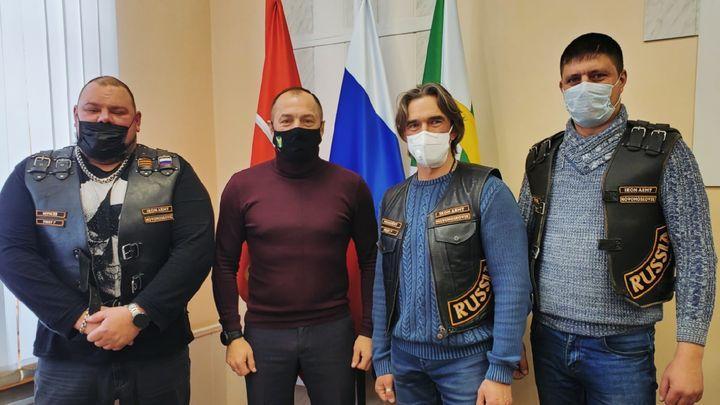 Глава администрации Узловского района встретился с «воинами» Железной Армии