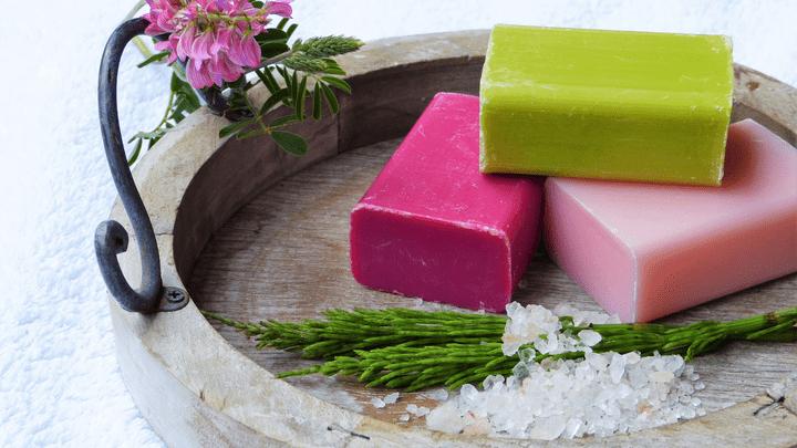 Особый спрос – на медикаменты и мыло
