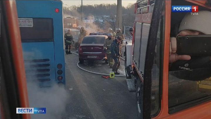 На Щёкинском шоссе столкнулись Chevrolet и Renault