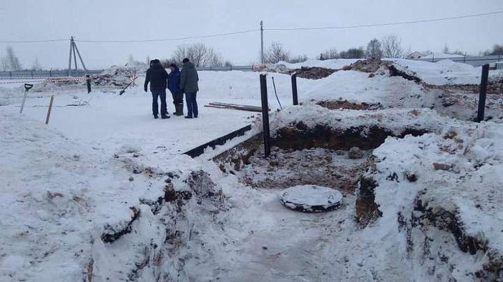 В Кимовске строят артезианскую скважину
