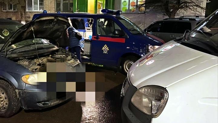 Смерть трёх человек в припаркованном в Туле на улице Болдина автомобиле