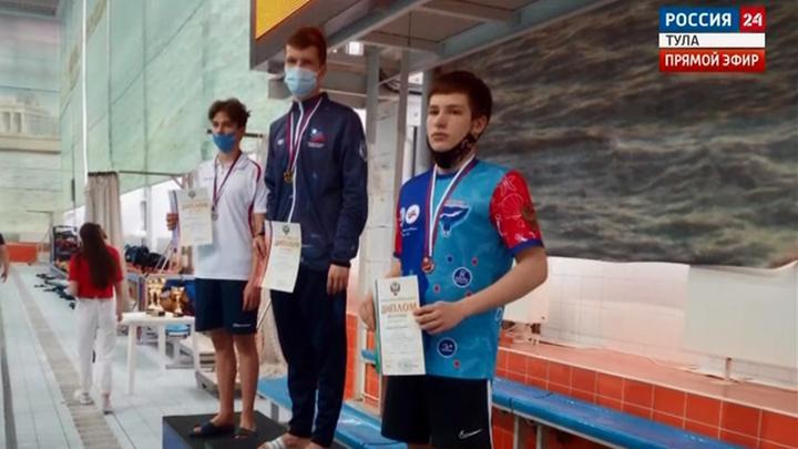 Тульские пловцы вернулись с медалями из Санкт-Петербурга