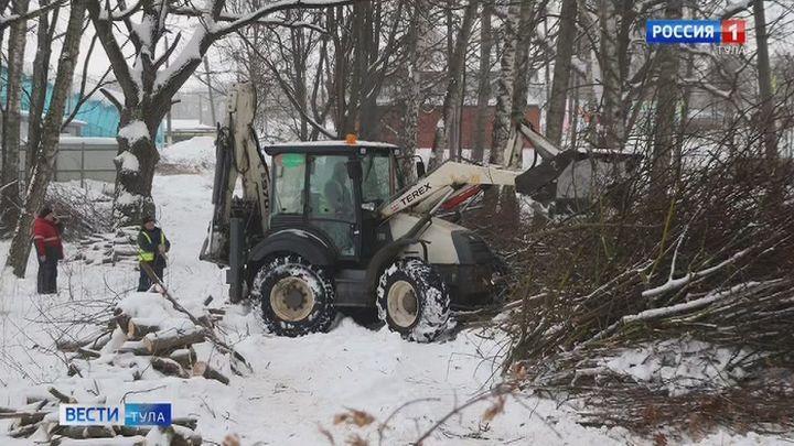 В Плавске начались работы по восстановлению Гагаринского парка