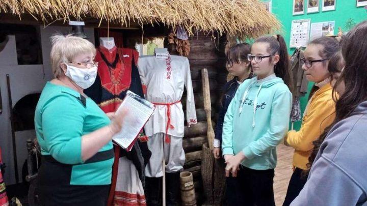 В Куркинском краеведческом музее преподают уроки моды