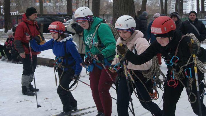 В Туле состоялись соревнования по зимнему туризму