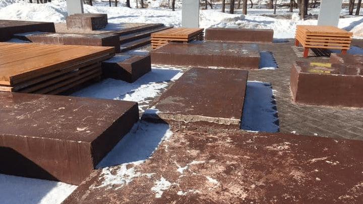 Гарантийный случай: в Алексине починят городской парк, восстановленный в прошлом году