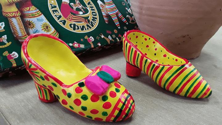 В музее филимоновской игрушки появилась филимоновская обувь