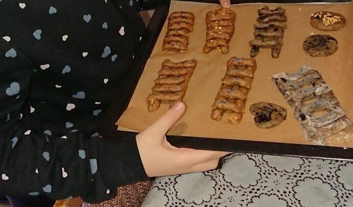 Воспитанники тульской воскресной школы испекли особенное печенье